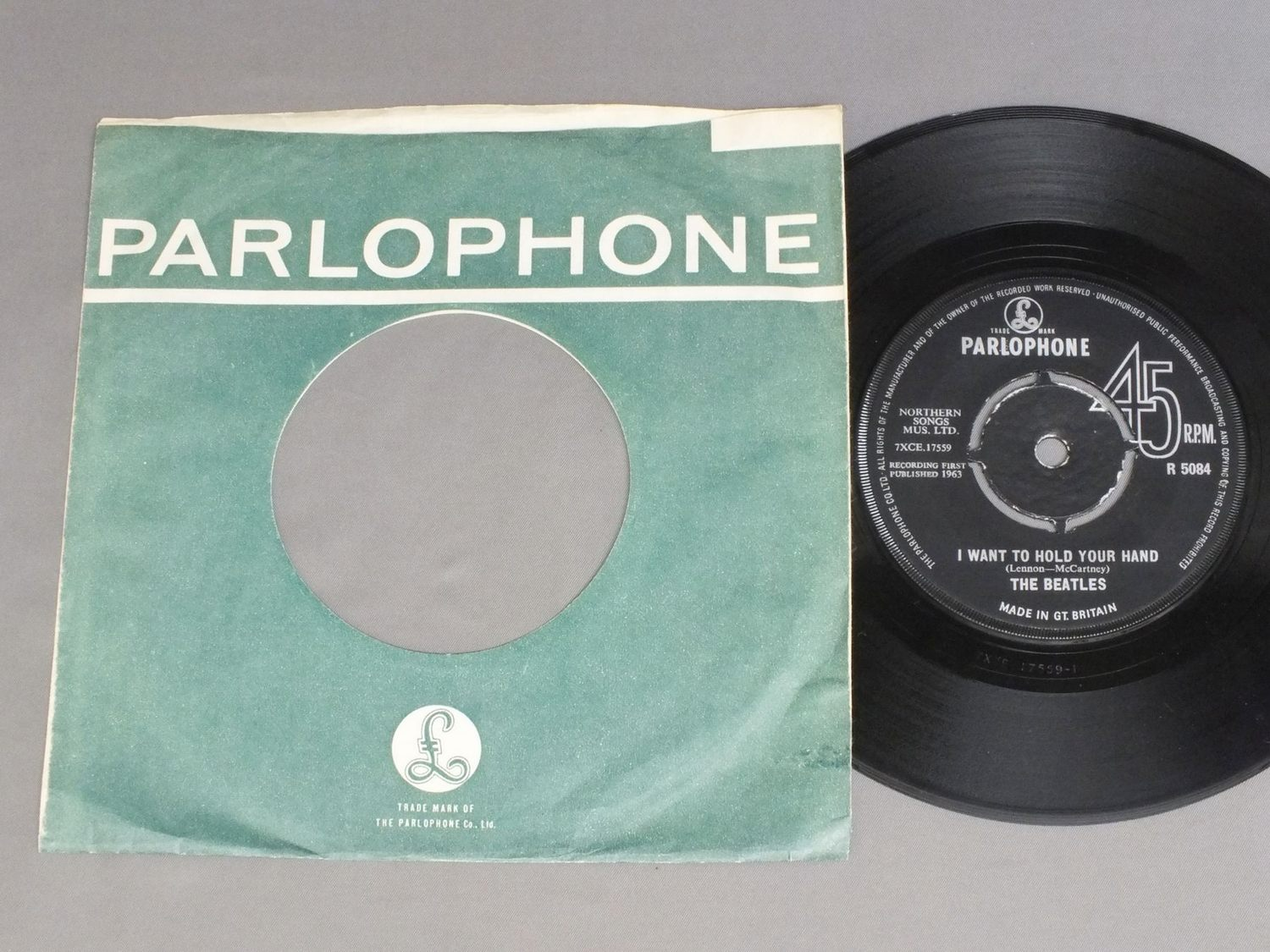 BEATLES I WANT TO HOLD YOUR HAND PYE PRESSING